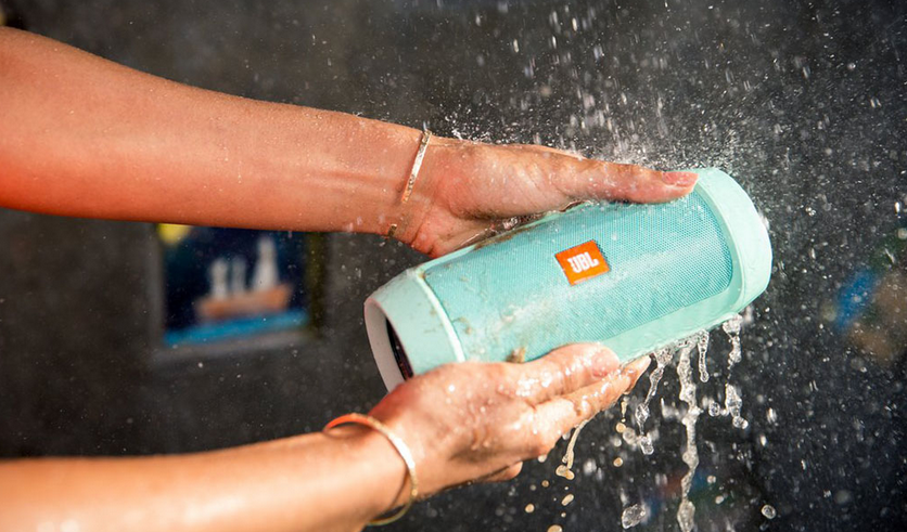 JBL Charge 2+ Splashproof
